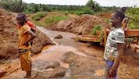 These children are washing mercury polluted ores on the mining site in Uganda