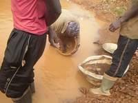 Cleanup and recovery of gold from concentrates on the small scale mining site in Akanteng, Ghana