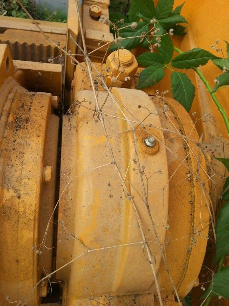 Parts of jaw crusher in good shape