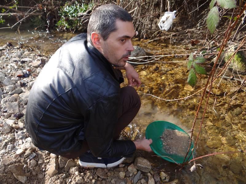 Jean Louis prospecting on stream in Posavina, Croatia