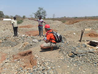 Assessing the gold mining site