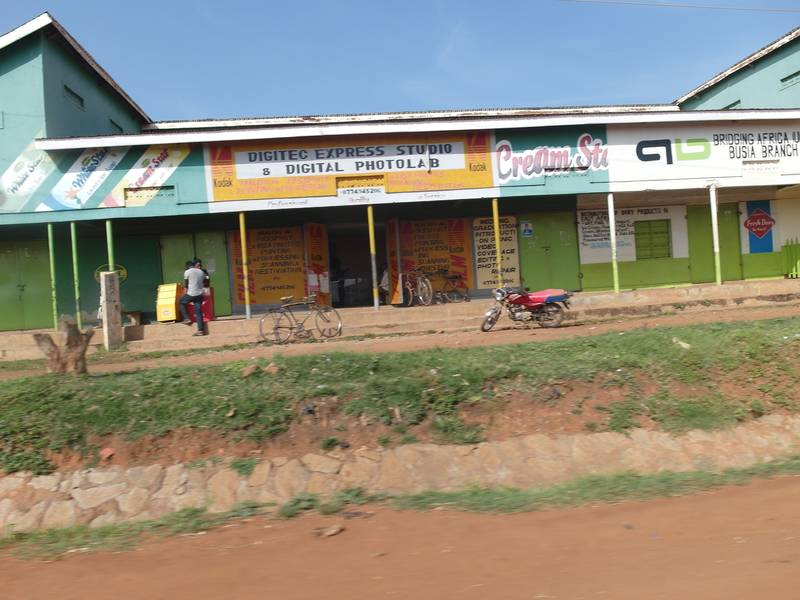 Travel from Busia to Tiira