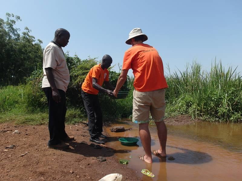 Gold panning in Uganda