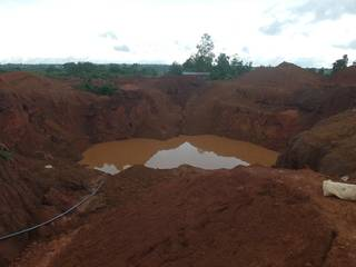 The open pit with rich gold ore under there