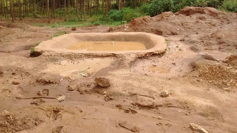 Water pond for processing of gold concentrates