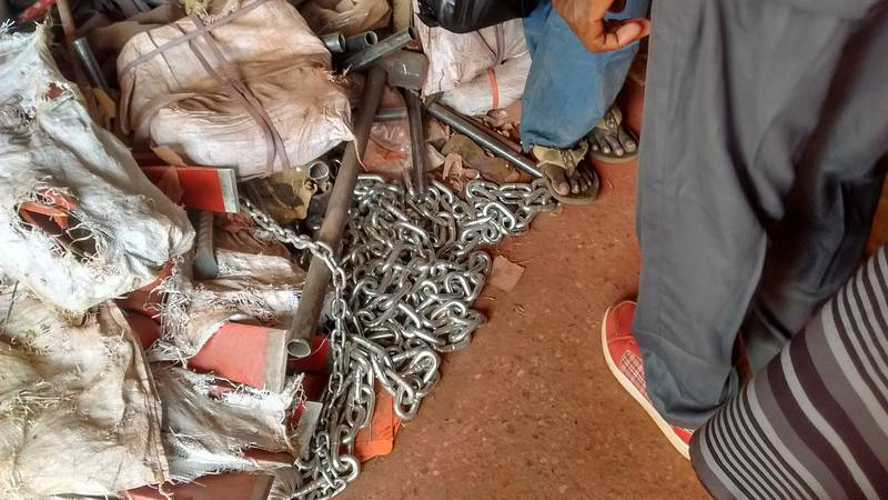 The heavy chains in hardware store in Busa