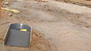 Prospecting for fine gold on the river Malaba in Uganda