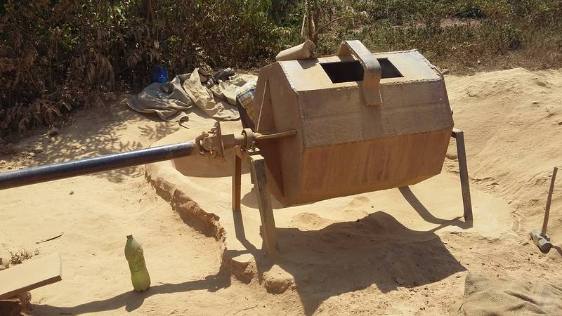 "Rudimentary ball mill or ""crusher"" in Uganda"